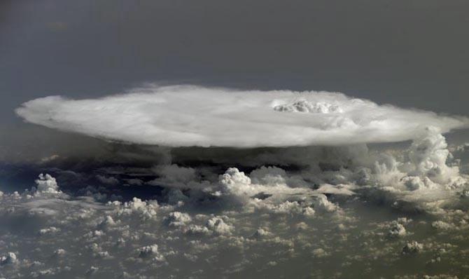 фото земли из космоса 9 (670x398, 70Kb)