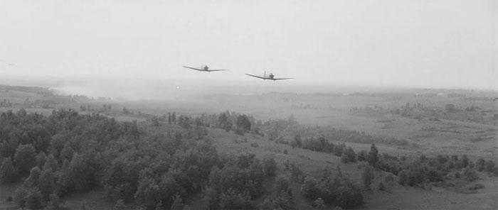 10 Пикирующий бомбардировщик (700x296, 38Kb)