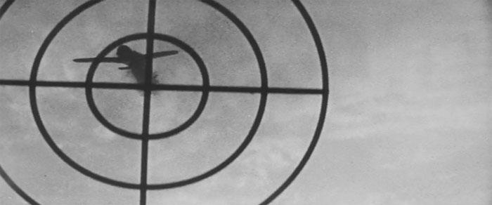 10б Пикирующий бомбардировщик (700x292, 46Kb)