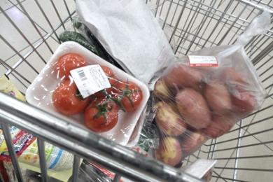 Белорусам зарплату едой, нерадивым  (390x260, 98Kb)