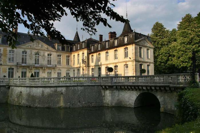 Chateau-Ermenonville-Exterieur-Pont (700x466, 65Kb)
