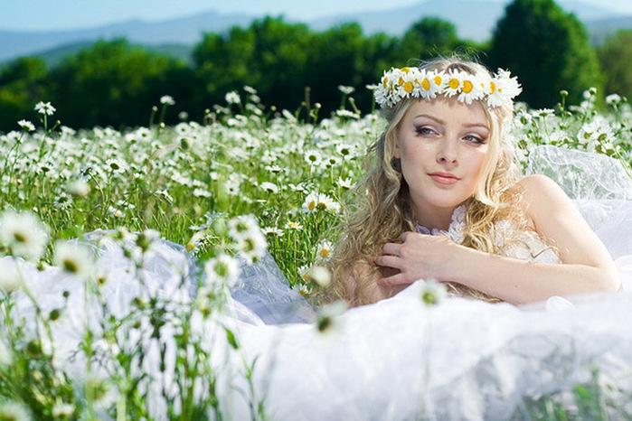 свадебные платья прически в луг