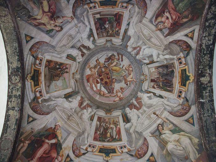 1024px-Hospital_dels_Innocents_de_FlorГЁncia,_volta_amb_frescos (700x525, 97Kb)