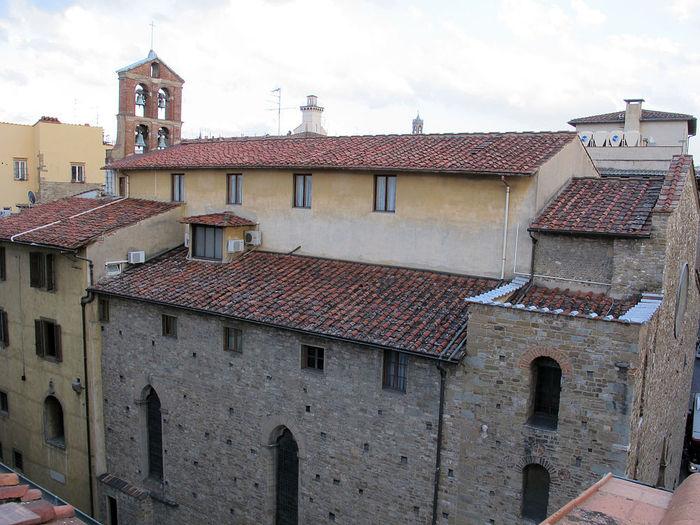 1024px-Santa_maria_degli_innocenti,_interno_01 (700x525, 92Kb)