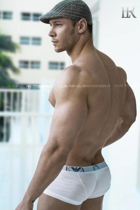 красивый мужской зад