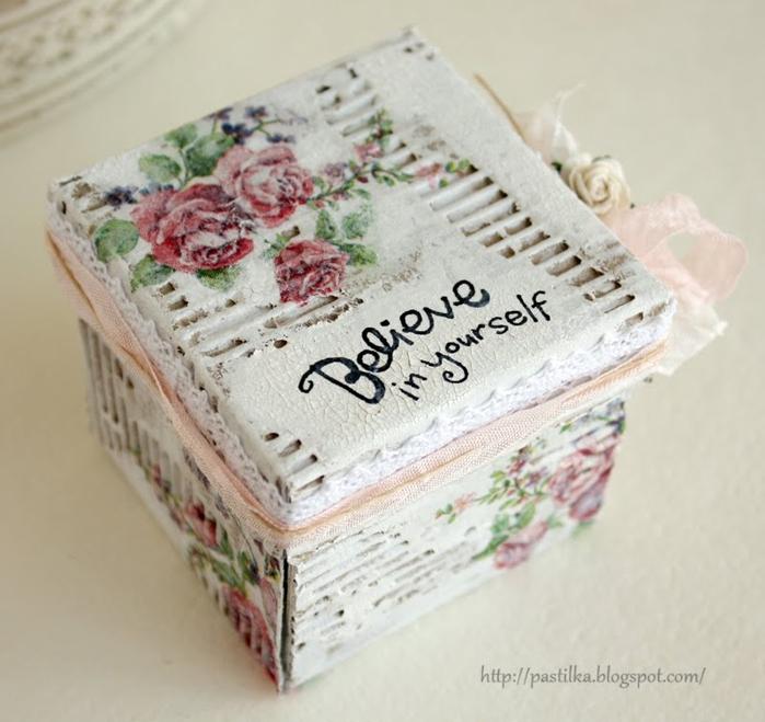 Коробочки для подарка из ободранного гофрокартона. Фото идеи (2) (700x659, 242Kb)