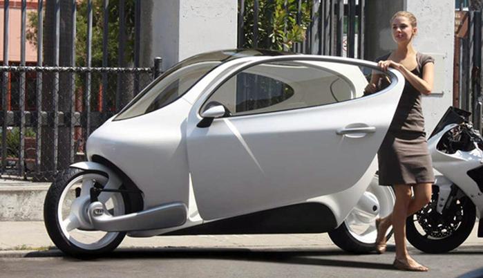 Motors' C-1 electric гибрид мотоцикла и автомобиля фото 1 (700x402, 273Kb)