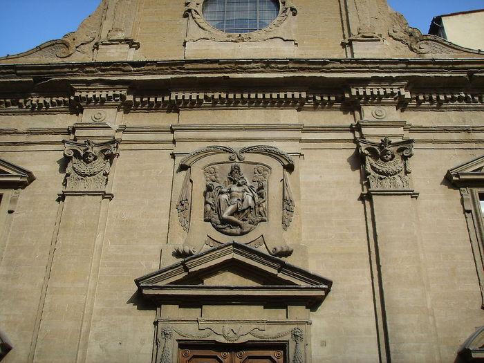 768px-Chiesa_delle_montalve,_crocifisso_duecentesco_con_aggiunte_seicentesche_02 (700x525, 92Kb)