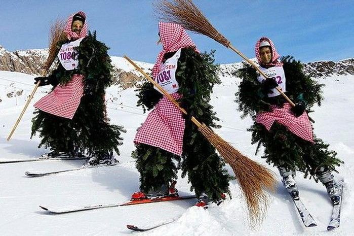 Ведьмы на лыжах (700x465, 136Kb)