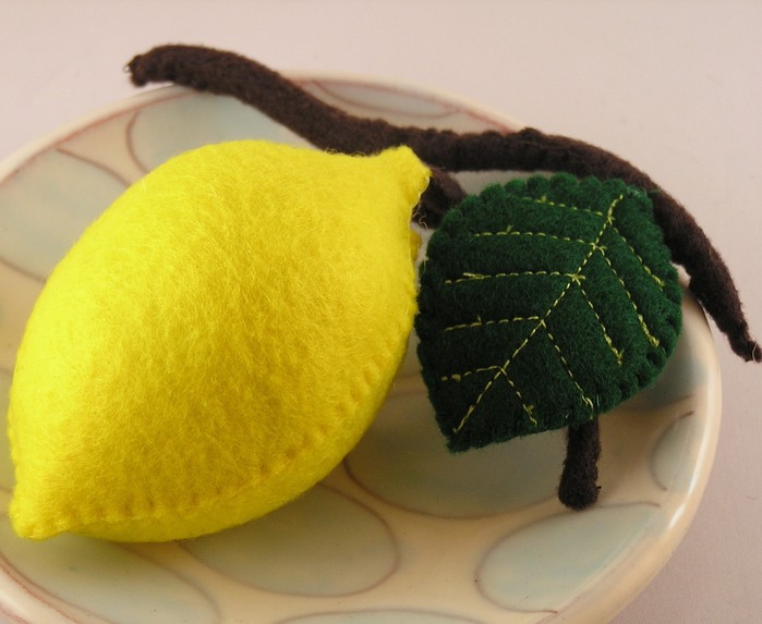 Лимон из фетра своими руками