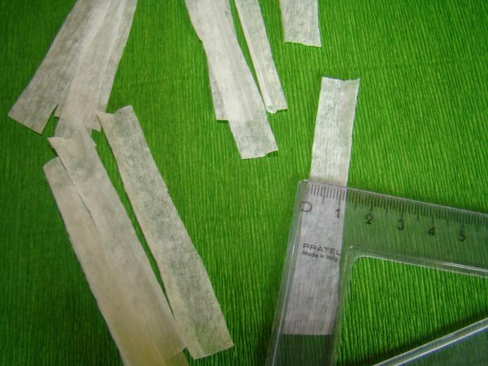 Фрезия из гофрированной бумаги. Фото мастер-класс (3) (700x525, 283Kb)