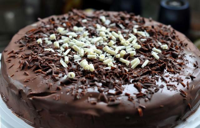Как украсить торт фото шоколадной стружкой
