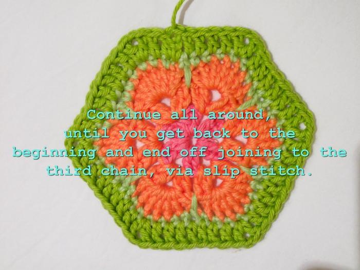 Цветочный фрагмент крючком АФРИКАНСКИЙ ЦВЕТОК для вязания игрушек (63) (700x525, 245Kb)