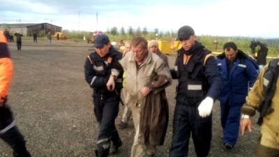 Авария вертолёта в Якутии 2 (400x225, 69Kb)