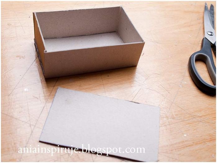 Сказочная карета из картона, проволоки и палочек от мороженого. Мастер-класс (28) (700x526, 214Kb)