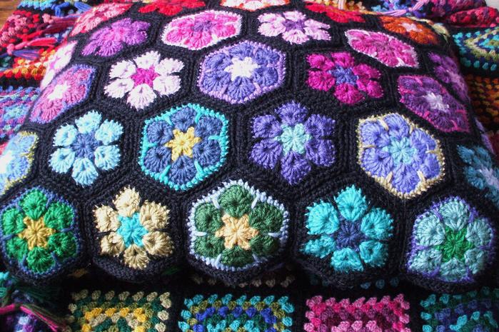 цветочный фрагмент крючком АФРИКАНСКИЙ ЦВЕТОК (19) (700x465, 726Kb)