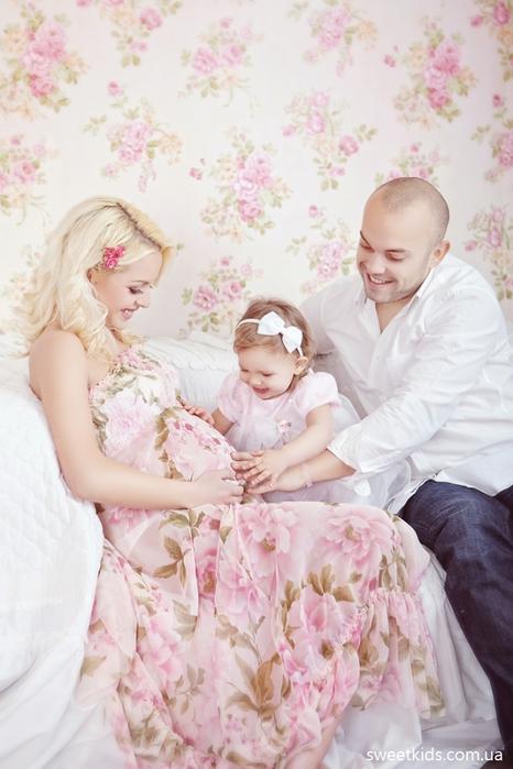 Идеи для семейной фотосессии с ребенком беременной 96