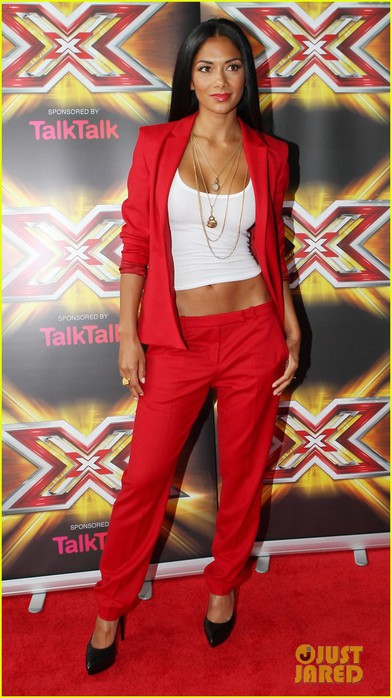 nicole-scherzinger-x-factor-uk-cardiff-auditions-01 (392x700, 86Kb)
