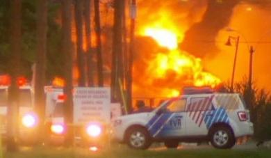 Взрыв в центре канадского города (390x227, 63Kb)