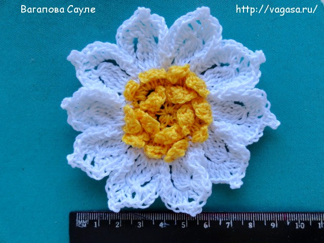 цветок крючком /5156954_Otred_s_lineikoi_LIRY (640x480, 115Kb)