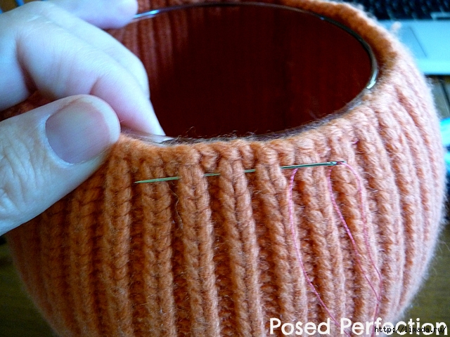 orange-sweater-vase-7 (640x480, 277Kb)
