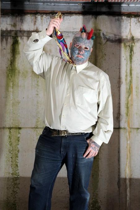 самый татуированный человек в мире 3 (452x680, 150Kb)