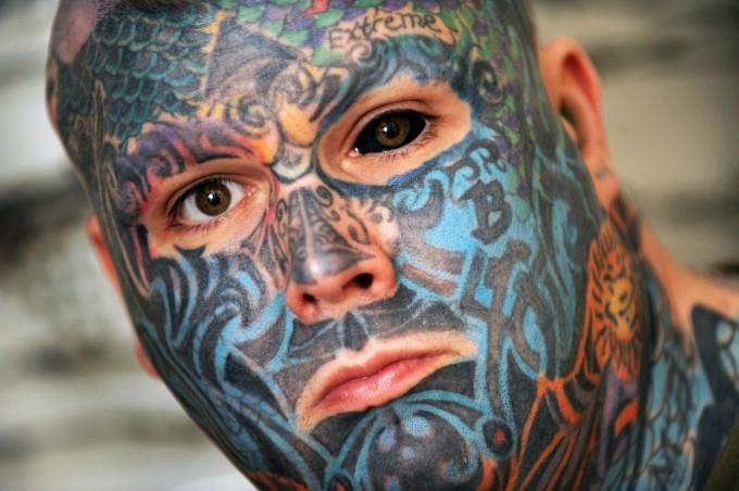 самый татуированный человек в мире 7 (680x452, 155Kb)