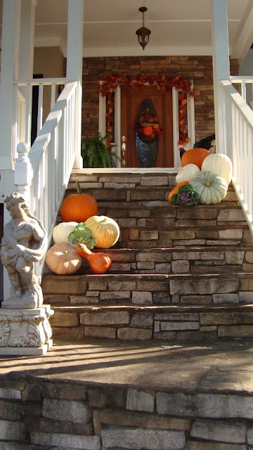 The-Essence-of-Home-gourds-on-the-steps (360x640, 189Kb)