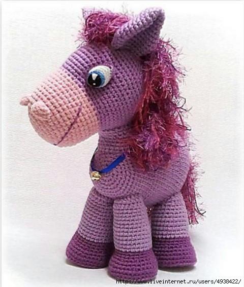 симпатичный сиреневый пони