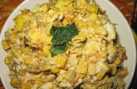 салат с кукурузой и грибами (550x360, 193Kb)