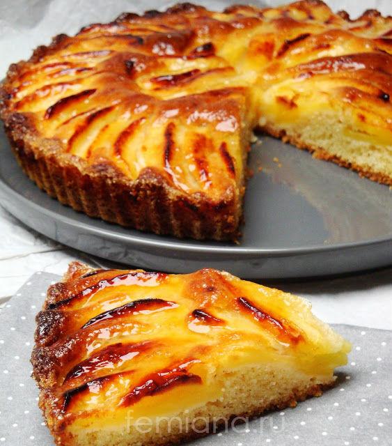 Вкусный пирог с яблоками простой
