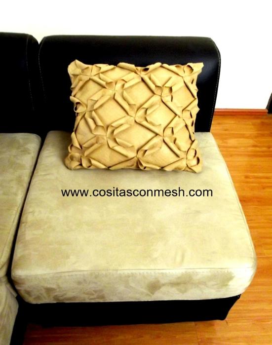 Шьем сами подушку из войлока. Мастер-класс (14) (551x700, 218Kb)