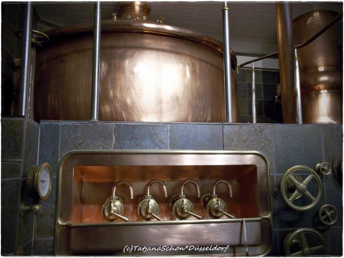 """Пивная """"Цум Шлюссель"""" и экскурсия на """"домашнюю"""" пивоварню в Дюссельдорфе"""