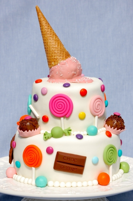 Украшение детских тортов мастикой или