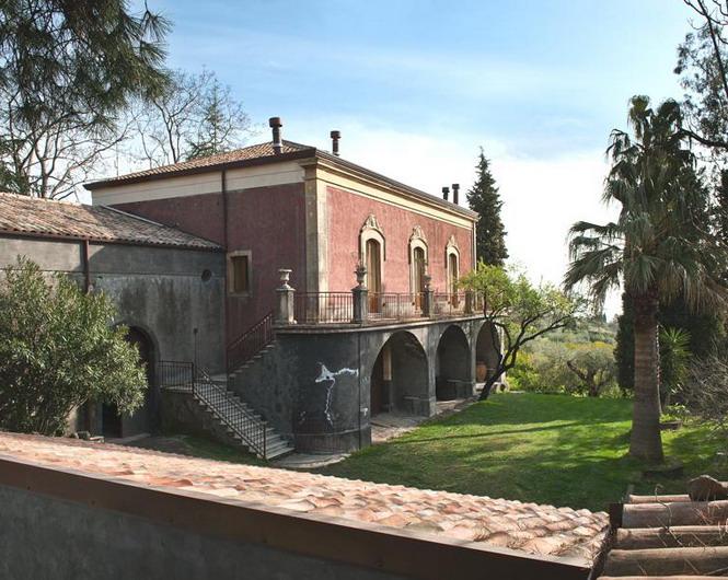 01-Monaci_delle_Terre_Nere (665x530, 128Kb)