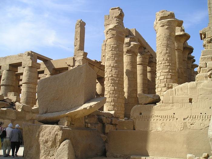 Карнакский храм5 (700x525, 383Kb)