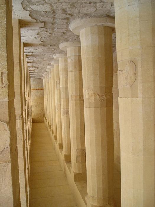Храм царицы Хотшепсут2 (525x700, 339Kb)