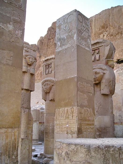 Храм царицы Хотшепсут3 (525x700, 399Kb)