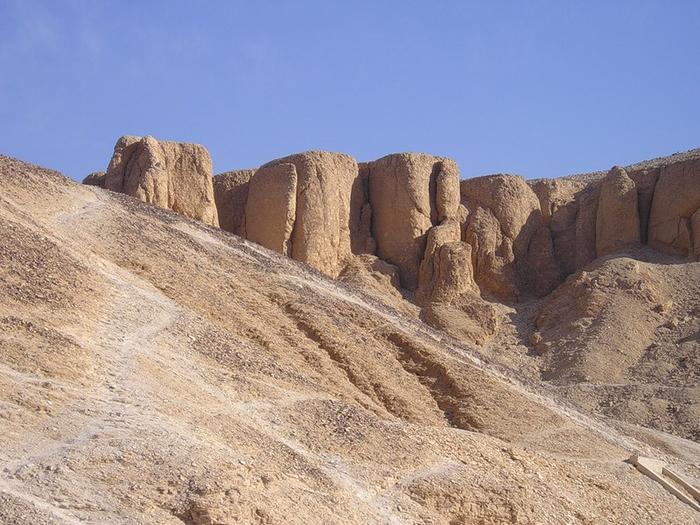 Долина Царей2 (700x525, 385Kb)