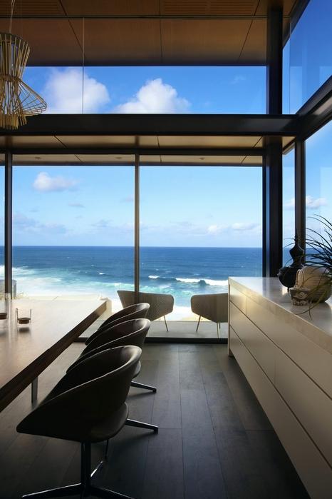 современный дом на берегу океана 1 (466x700, 191Kb)