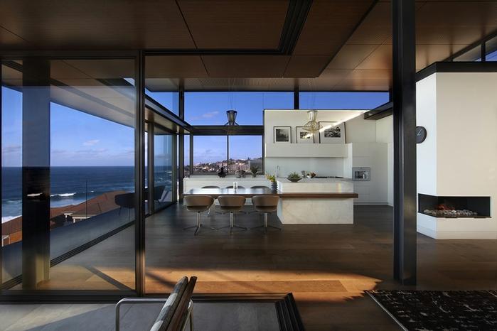 современный дом на берегу океана 2 (700x466, 197Kb)