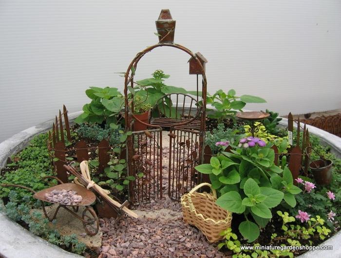 miniature_garden (700x531, 303Kb)