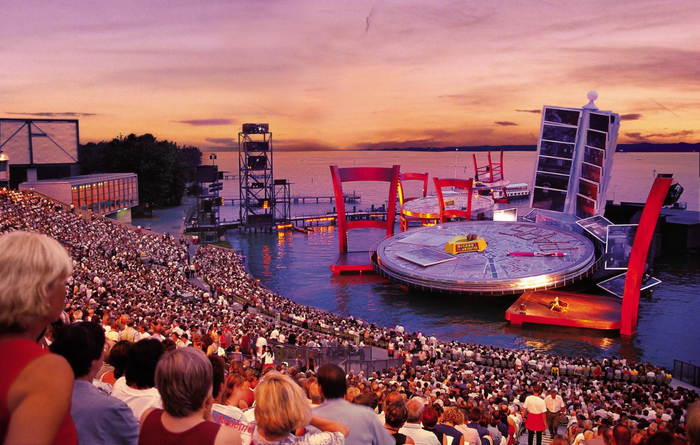 музыкальный фестиваль в брегенце австрия 4 (700x445, 430Kb)