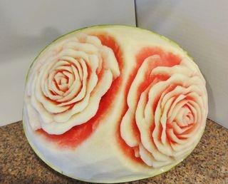 карвинг. розы из арбуза. салат из ананасов (69) (320x258, 46Kb)