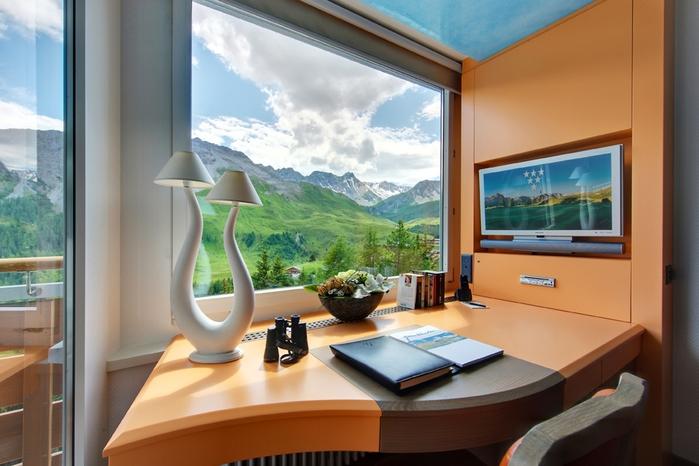 Tschuggen Grand отель в швейцарских альпах фото 10 (700x466, 226Kb)