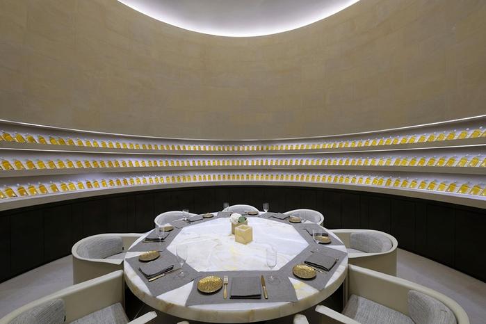 Armani_Hotel_Dubai_hqroom_ru_23 (700x466, 217Kb)