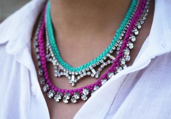 Украшаем ожерелье нитками мулине3 (700x485, 219Kb)