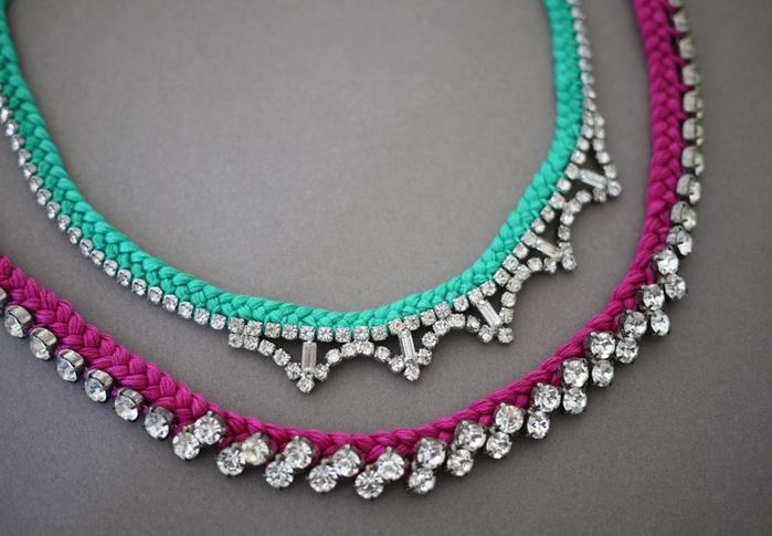 Украшаем ожерелье нитками мулине754 (700x485, 239Kb)