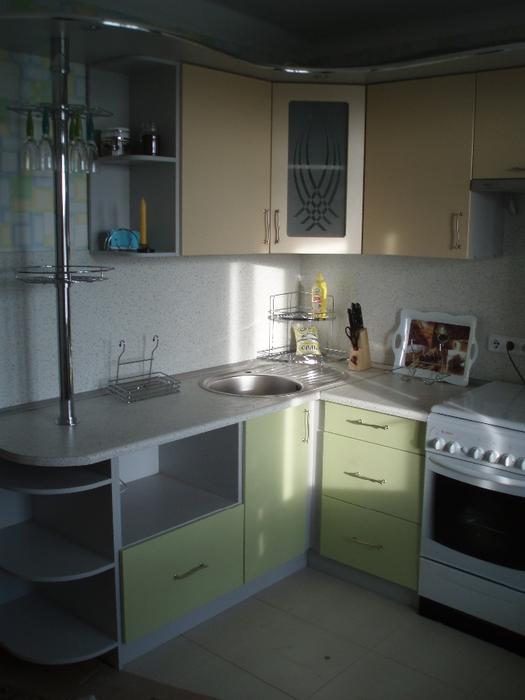 Кухня 8 кв.м дизайн с холодильником