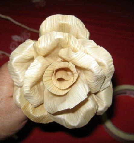 букет цветов из листьев кукурузы - талаша, мастер-класс (17) (444x472, 93Kb)